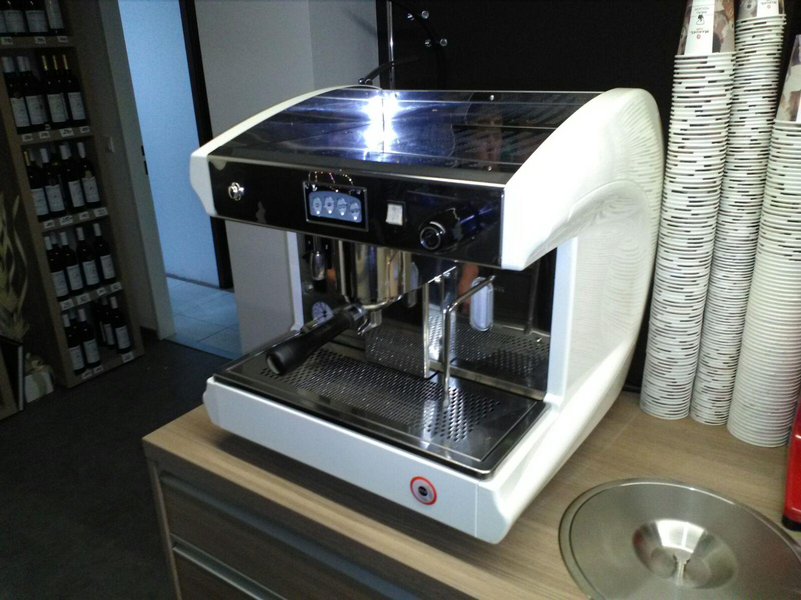 Profesionální kávovar Atoria jednopákový