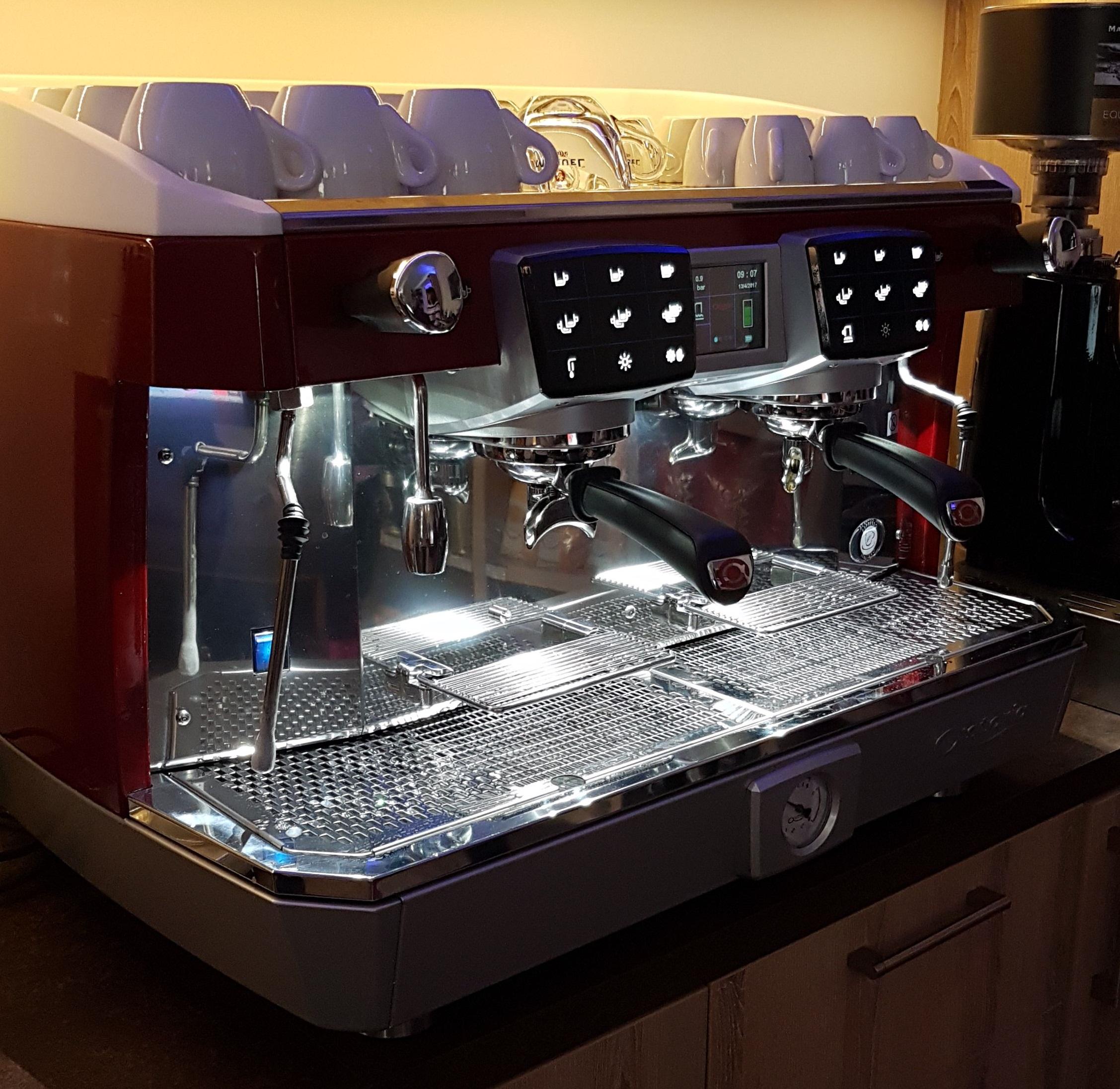 Kávovar Astoria, model Core 600