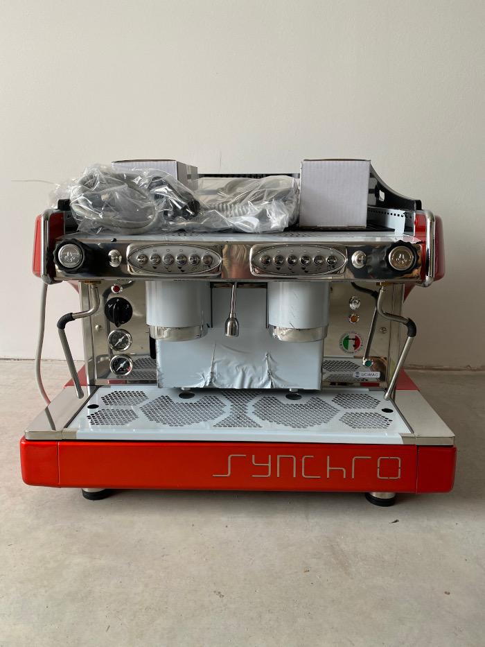 Profesionální kávovar Synchro dvoupákový